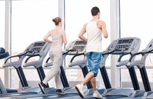 Tips Bakar Kalori Dengan Olahraga Treadmill